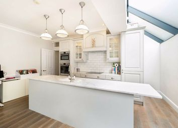 2 bed flat for sale in Edenvale Street, Fulham, London SW6