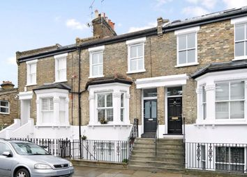 2 bed flat to rent in Coombe Road, London W4