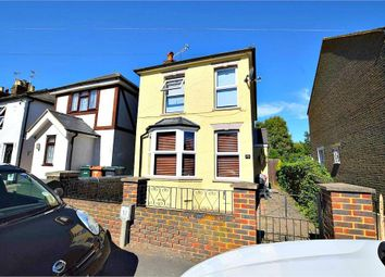 Thumbnail 2 bedroom detached house to rent in Adrian Road, Abbots Langley, Hertfordshire
