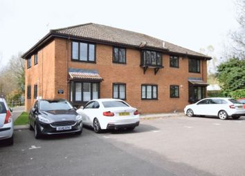 Thumbnail 2 bedroom flat for sale in Lower Kings Road, Berkhamsted