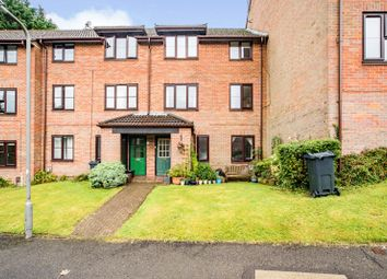 Thumbnail 1 bed flat for sale in Stoney Grove, Chesham