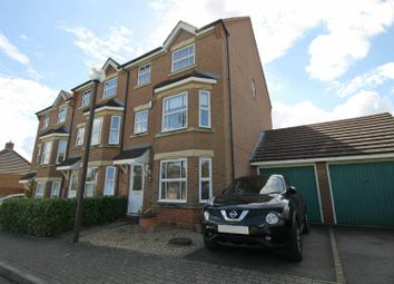 Thumbnail 3 bedroom town house to rent in St Ives Crescent, Tattenhoe, Milton Keynes
