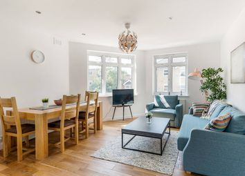 Thumbnail 4 bed flat to rent in Crescent Lane, London