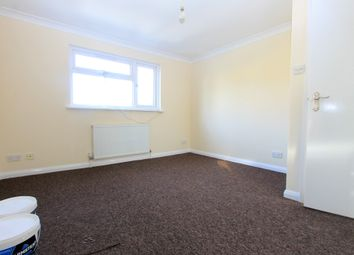 Thumbnail 2 bed flat to rent in Evelyn Terrace, Brighton