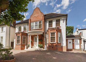 Thumbnail 4 bed detached house for sale in Beechwood Avenue, Finchley