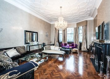 Thumbnail 5 bed flat for sale in Ennismore Gardens, London