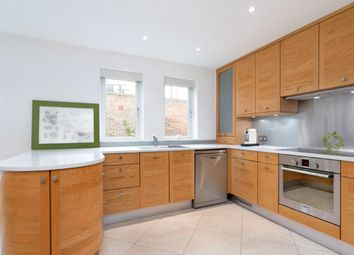 Thumbnail 4 bed maisonette for sale in Spencer Walk, London
