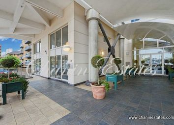 Thumbnail 2 bed flat for sale in Baltic Quay, Surrey Quays