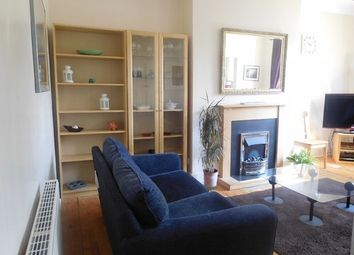 Thumbnail 2 bed flat to rent in Comely Bank Road, Edinburgh
