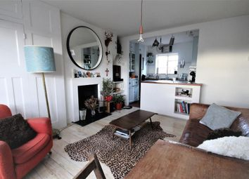 Thumbnail 3 bed flat to rent in Bevenden Street, Hoxton, London