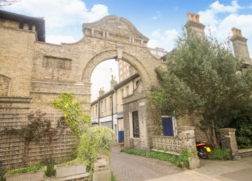 Thumbnail 4 bed flat to rent in Kings Mews, Hove