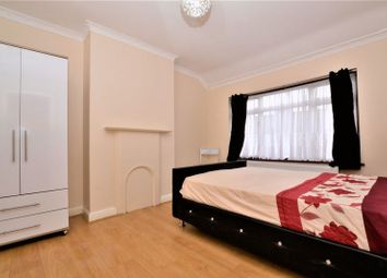 Thumbnail 1 bed flat to rent in Midhurst Avenue, Croydon