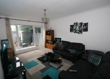 Thumbnail 2 bedroom flat for sale in Rochford Road, Southend-On-Sea