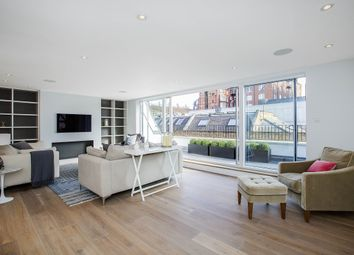 Thumbnail 4 bedroom flat to rent in Queens Mews, London