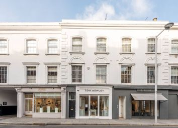 2 bed maisonette to rent in Fulham Road, Chelsea, London SW3
