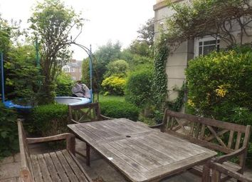 2 bed flat to let in Southover High Street