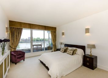 Thumbnail 2 bed flat for sale in Chelsea Crescent, Chelsea