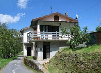 Thumbnail Semi-detached house for sale in Tresana, Massa And Carrara, Italy