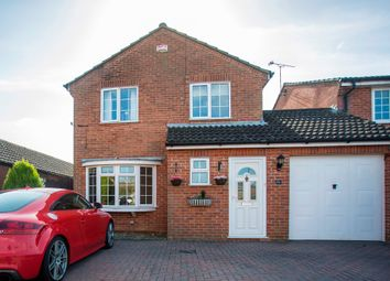 Thumbnail 3 bedroom link-detached house for sale in Fenhurst Close, Horsham