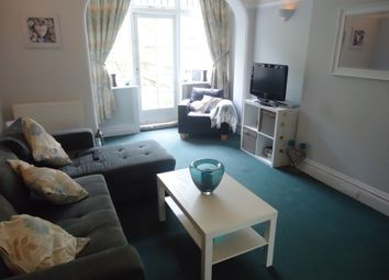 Thumbnail 1 bed flat to rent in Corringham Road, Golders Green