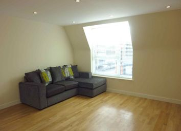 Thumbnail 1 bed flat to rent in Aldenham Road, Watford