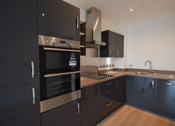 Thumbnail 2 bed flat to rent in Sutton Court Road, Sutton