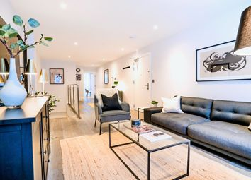 Thumbnail 3 bed duplex to rent in King's Mews, Holborn