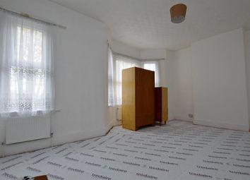 Thumbnail 2 bedroom flat to rent in Harold Road, London