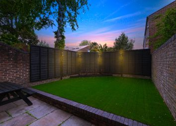 Thumbnail Duplex to rent in Pennethrone, Hackney