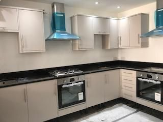 Thumbnail Room to rent in Lavender Hill, Clapham Junction