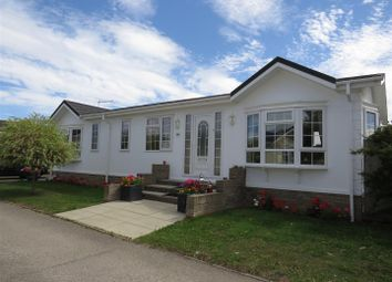 Cambridge Road, Stretham, Ely CB6. 2 bed mobile/park home for sale