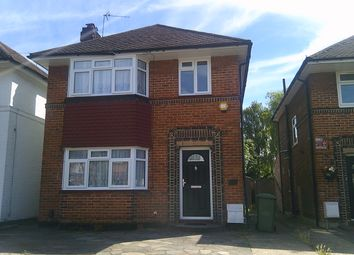 Thumbnail 3 bed detached house to rent in Cheyneys Avenue, Edgware