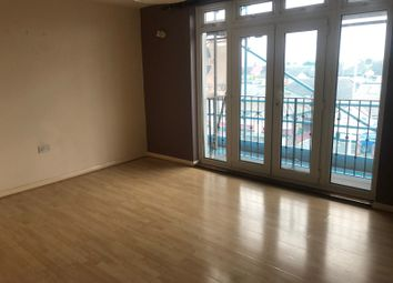 2 bed maisonette to rent in Maydeb Court Whalebone Lane South, Romford RM6