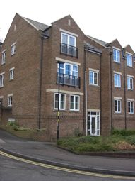 2 bed flat to rent in Caversham Place, Sutton Coldfield B73
