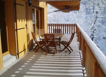 Thumbnail 2 bed apartment for sale in Vaujany, French Alps, France