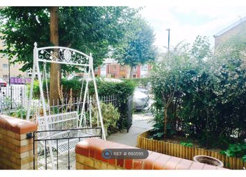Room to rent in Whitethorn Street, London E3
