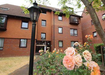 Thumbnail 1 bed flat to rent in Marina Gardens, Bristol