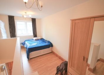 Thumbnail 1 bedroom flat to rent in Lee Road, Greenford, London