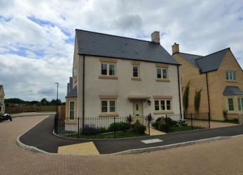 Thumbnail 4 bed property for sale in Old Railway Close, Lechlade