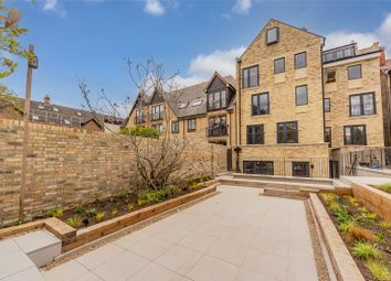 Thumbnail 1 bed flat for sale in Barton Road, Cambridge