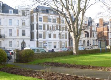 2 bed flat to rent in Trinity Crescent, Folkestone CT20