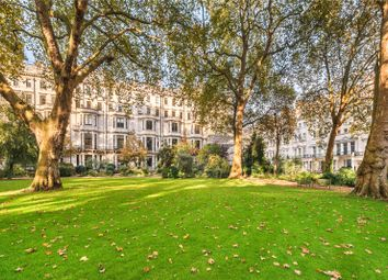 Thumbnail 3 bed flat for sale in Ennismore Gardens, London
