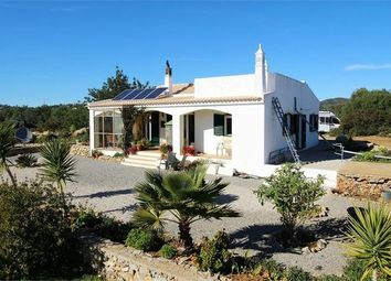 Thumbnail 3 bed villa for sale in Portugal, Algarve, Moncarapacho