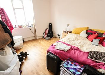 Thumbnail 2 bed flat to rent in Pentonville Road, Angel, Islington
