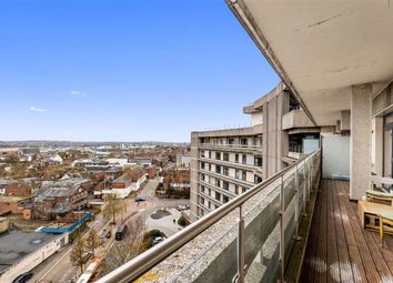 2 bed flat for sale in The Panorama, Ashford, Kent TN24