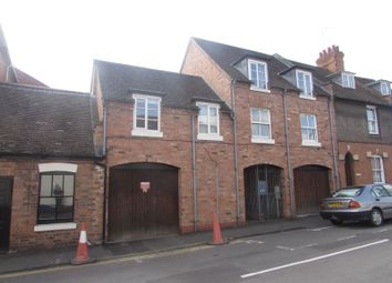 Thumbnail 3 bed flat to rent in Crompton Street, Warwick