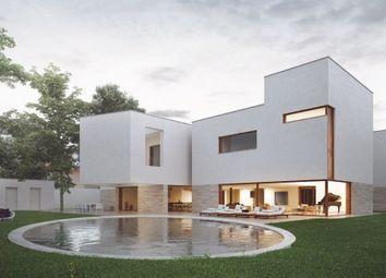 Thumbnail 5 bed villa for sale in Central, Porto, Portugal