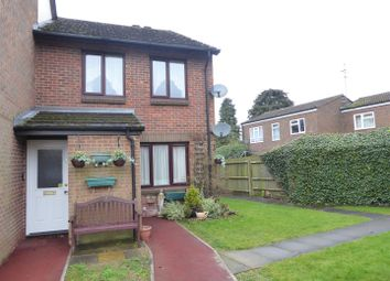 Thumbnail 1 bed flat for sale in Oak Close, Dunstable