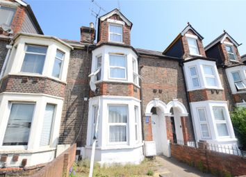 Thumbnail 1 bed flat to rent in Vastern Road, Reading, Berkshire