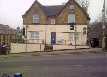 Thumbnail 1 bed flat to rent in Amersham Hill, High Wycombe